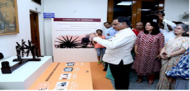 Prof Ashutosh Sharma,Secretary, Department of Science and Technology seeing the Charka With App
